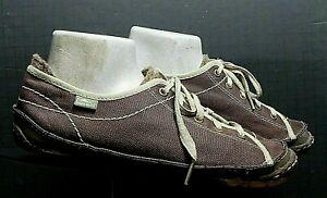 "Women's SIMPLE Eco Friendly ""Green Toe"" Retro Sneaker Sz. 40.5/9.5 Excellent!"