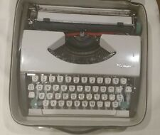 WORKING Olympia SF De Luxe Ultra Portable Vintage Typewriter 1960s