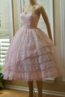 VTG 50s Strapless Cupcake Party Full Skirt Tulle Frosted Pink Cream Prom Dress