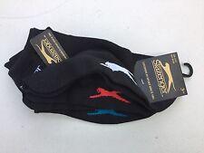SLAZENGER - Paquete de 3 hombres calcetines negros con el rojo,Azul Blanco logos