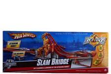 Hot Wheels Trick Tracks Slam Bridge Stunt set car included