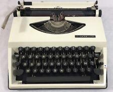 Machine à écrire Tippa Adler vintage  + révisée