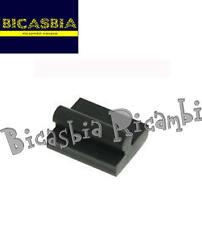 9401 - TAMPONE GOMMINO RISCONTRO MOTORE SPECIFICO SOLO PER VESPA 50 125 PK XL