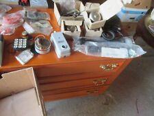 important lot de pièces détachées anciennes de téléphonie téléphone tous états