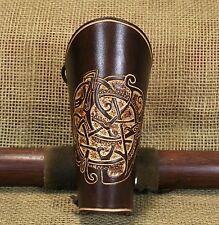 Brassard de Bow Brassards Urne cuir brun usiné Viking manchette