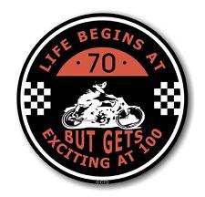 Life Begins at 70 RETRO CAFE PER MOTO 100mph CLUB TONDO vinile auto adesivo