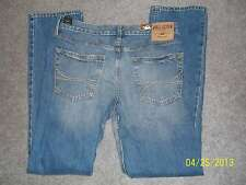 NEW W/ TAGS Men's HOLLISTER CLASSIC Straight Jeans  Size:33 x 32