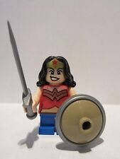 LEGO WONDER WOMAN Short Legs 76070 Super Heroes with Shield and Sword NEW