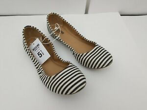 Mossimo Supply Co. Womens Flats Ballet Adult Stripped Size 5.5 Ona NEW
