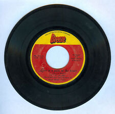 Philippines VICTOR LAUREL Love Is A Pain In The Heart OPM 45 rpm Record