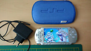 Sony Playstation Portable PSP Slim 2004 - Console Couleur Grise