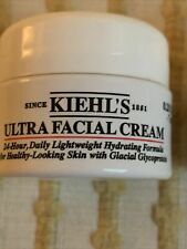 2- Kiehl's Ultra Facial Cream Lightweight Hydrating Formula New Beauty Samples