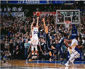 """Stephen Curry GS Warriors Signed 16"""" x 20"""" Game Winning Shot vs Dallas Photo"""