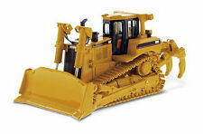 1/50 DM Caterpillar Cat D8R Series II Track-Type Tractor Diecast Model #85099