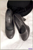 Chaussures femme noire CLOSER taille 39  ref 1017