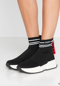 DKNY Women Black/White Marini Slip-On Sneaker Size 8.5M NWOB 119$+TAX