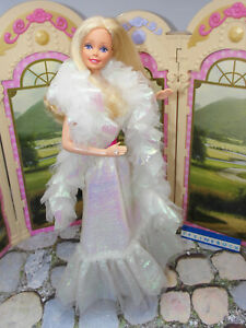 Crystal - Barbie mit Kleidung und Ring original Mattel 80er Superstar