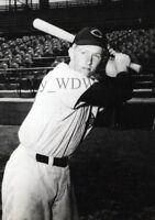 Vintage Photo 32 - Cincinnati Reds - Dick Murphy