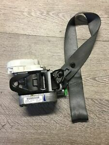 MERCEDES CLK W209 FRONT SEAT BELT LEFT DARKER GREY COUPE & CONVERTIBLE