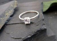 Top 925 Silber Ring Sterling Six Zirkonia Solitär Wie Diamant Klassisches Design