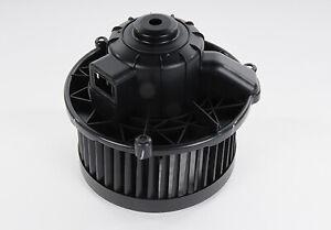 Genuine GM Blower Motor 22896430
