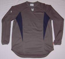 New York Yankees Therma Base Long Sleeve Shirt M