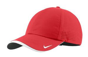 Nike Dri-FIT Swoosh Perforated Cap 429467-657 OSFA - University Red