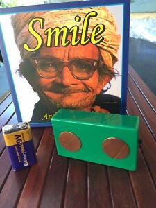 Terminator 2 Parasite & Virus Zapper 2 9V Batteries & Smile book
