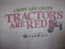 International Harvester gray graphic L t shirt crops are green tractors are red