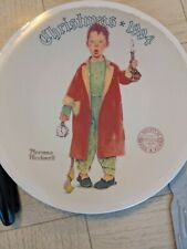 New ListingNorman Rockwell Christmas Marvel 1994 Knowles Plate Collectible with certificate