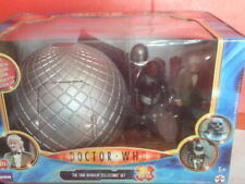 More details for doctor who the time warriors collector's set. classic figures.