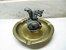 AWESOME ANTIQUE BRASS FIGURAL ASHTRAY WITH METAL SQUIRREL CENTER (FOR PIPE?)