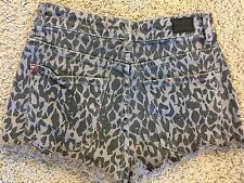Urban Outfitters BDG Women's SZ 26 Shorts High Rise Cheeky Gray Denim Leopard