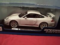 Maisto Porsche 911 GT3 RS 4.0 1/18 scale NIB 2020 release