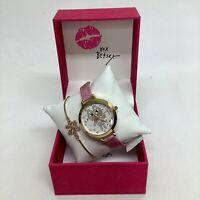 NWT Betsey Johnson Kitty Cat Wrist Watch Pink Band W/ Gold Tone Crystal Bracelet
