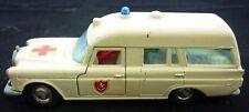 """Matchbox   Mercedes Benz """"Binz"""" Ambulance           (Art.3691)"""
