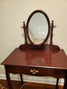 Vintage Queen Anne Cherry Vanity w/ Flip-top Mirror and bench good condition