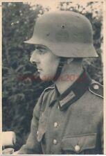 Foto, Ostfront, Portrait Soldat mit Stahlhelm M35 m. Abz., 18.08.1942; 5026-228