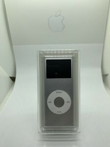 Apple iPod Nano 2nd 2. Generation Silver 2GB Silver New Sealed