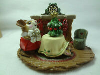 Wee Forest Folk M-191 Christmas Eve (RETIRED) Mouse Fireplace Petersen USA