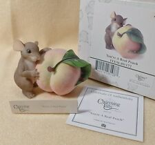 Charming Tails Mouse Figurine You're a Real Peach 89/172 Collectible mouse