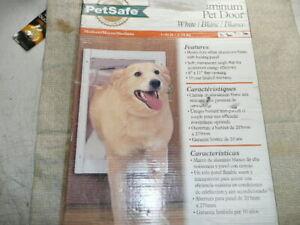 NEW PetSafe Wall/Door Entry Aluminum Pet Door - Medium 1 - 40 lb, White