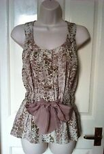 Kenneth Cole Floral Silk Top in Dusky Pink, Beige - Size 6 - NWOT