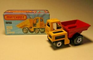 MATCHBOX S/F 26-C SITE DUMPER YELLOW/RED 5 CROWN FRONT 5 ARCH REAR MIB England