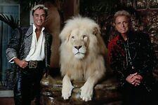 Siegfried & Roy with White Lion, Mirage Hotel Las Vegas Nevada, Magic - Postcard