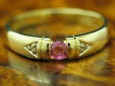 8kt 333 Oro Giallo Anello con Diamante & 0,15ct Rubino Ricoperto / 1,7g / Rg