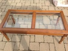 VINTAGE 70'S MAPLE COFFEE TABLE WITH 2 GLASS PANELS