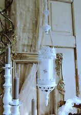 Hängewindlicht Laterne Metall Weiß Ornamente Shabby Vintage Landhaus Nostalgie