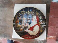 vintage avon 1996 christmas plate santa's loving touch porcelain