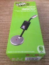 Comment Cool est-ce? de bureau Gadget Mini détecteur de métal FC22444 Noir/Argent